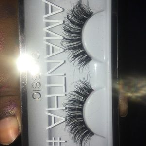 Lashes never used